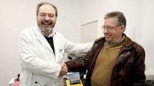 http://www.crtvg.es/informativos/homenaxe-ao-nefrologo-rafael-romero-tras-40-anos-de-trasplantes-con-exito-2079153